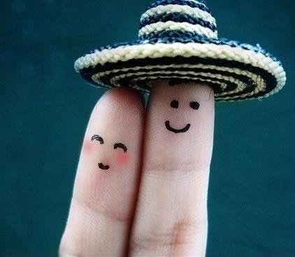 指尖跳动出幸福的旋律_创意可爱的手指qq空间素材
