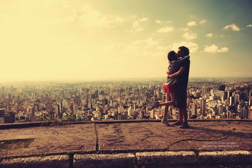 情到深处的亲吻 甜蜜的唯美qq空间素材高清图片