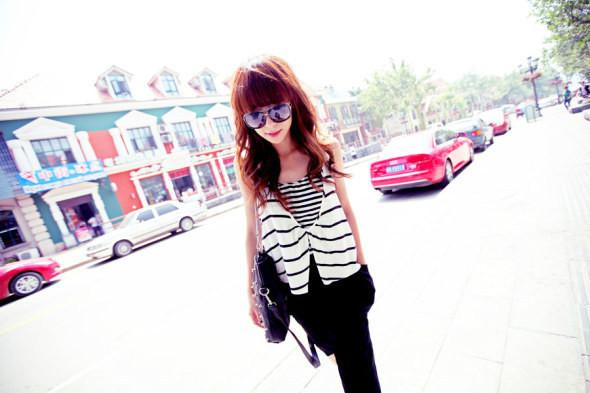 时尚潮流的街拍女生qq空间素材